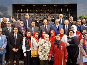 محافظ القليوبية ورئيس جامعة بنها يفتتحان معرض شركاء في حب الوطن