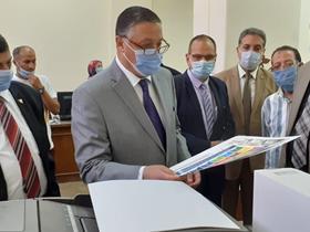 رئيس جامعة بنها يتفقد الامتحانات بالمعهد الفني للتمريض بالمقر الجديد
