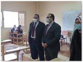 «الجيزاوى» يتفقد الامتحانات بكليات جامعة بنها